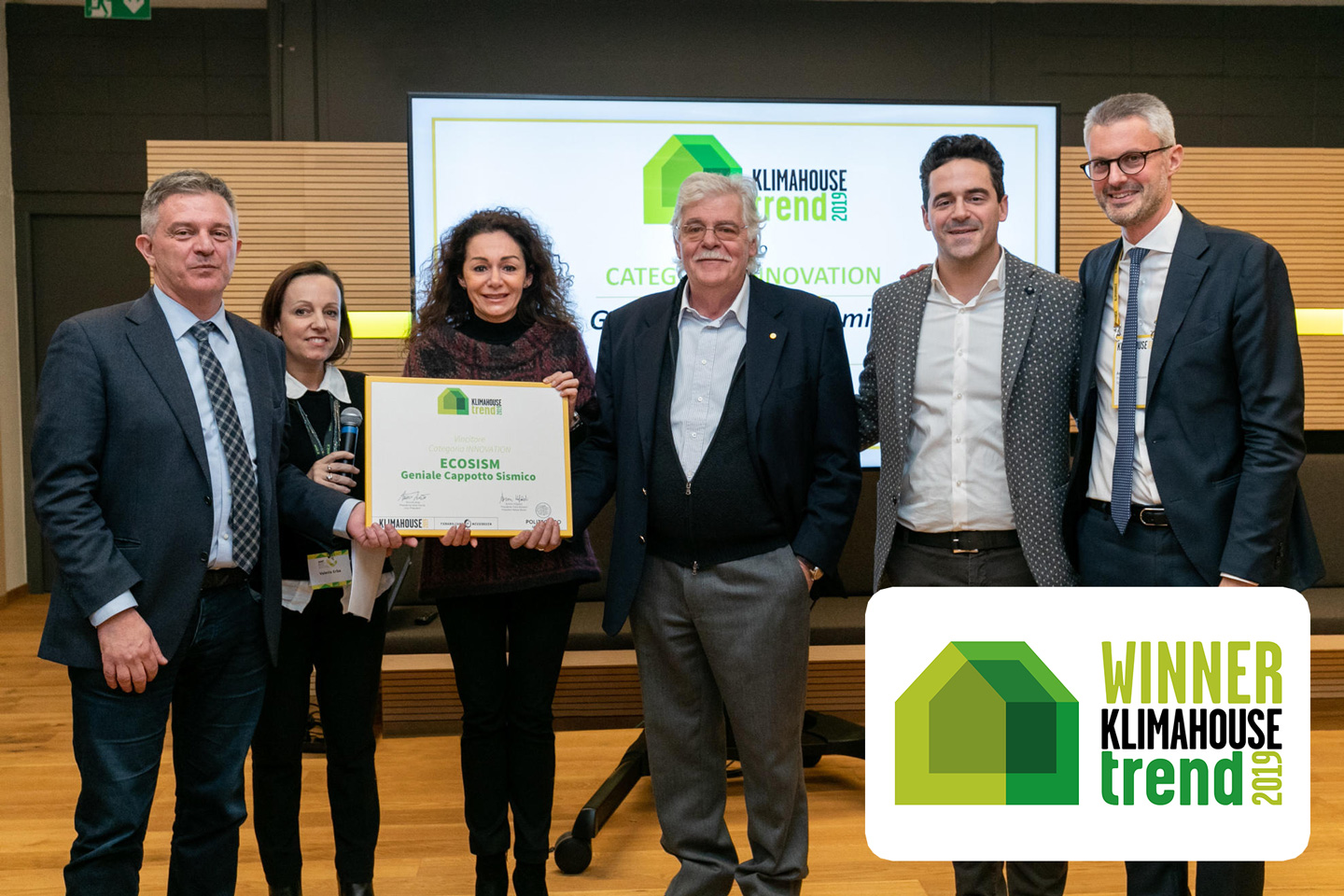 "La cerimonia di premiazione del Klimahouse Trend Award 2019: assegnazione premio Vincitore categoria INNOVATION e Categoria ABSOLUTE a ECOSISM srl per ""Geniale Cappotto Sismico"" (Photo Credit: Marco Parisi)"